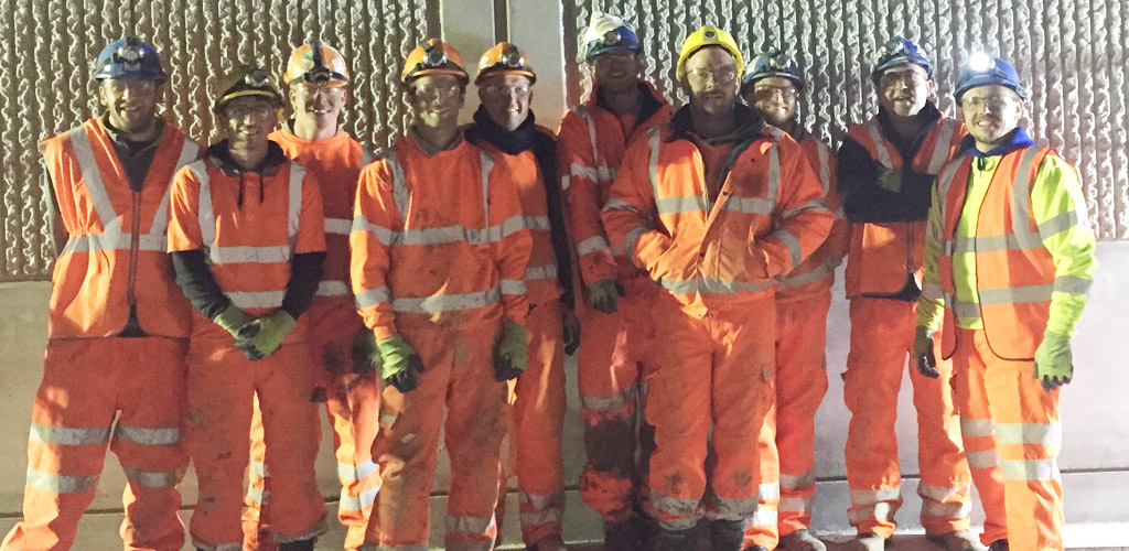 Bridge reconstruction was undertaken in a 12 hour line closure slot