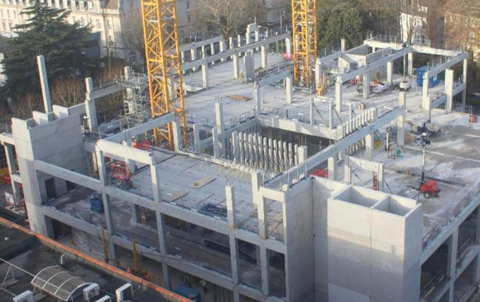 PCE Ltd erecting vertical elements on level 2 and beams on level 3