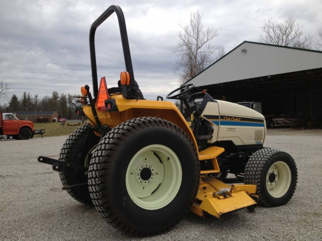 hight resolution of cub cadet 7235 4x4 lawn tractor