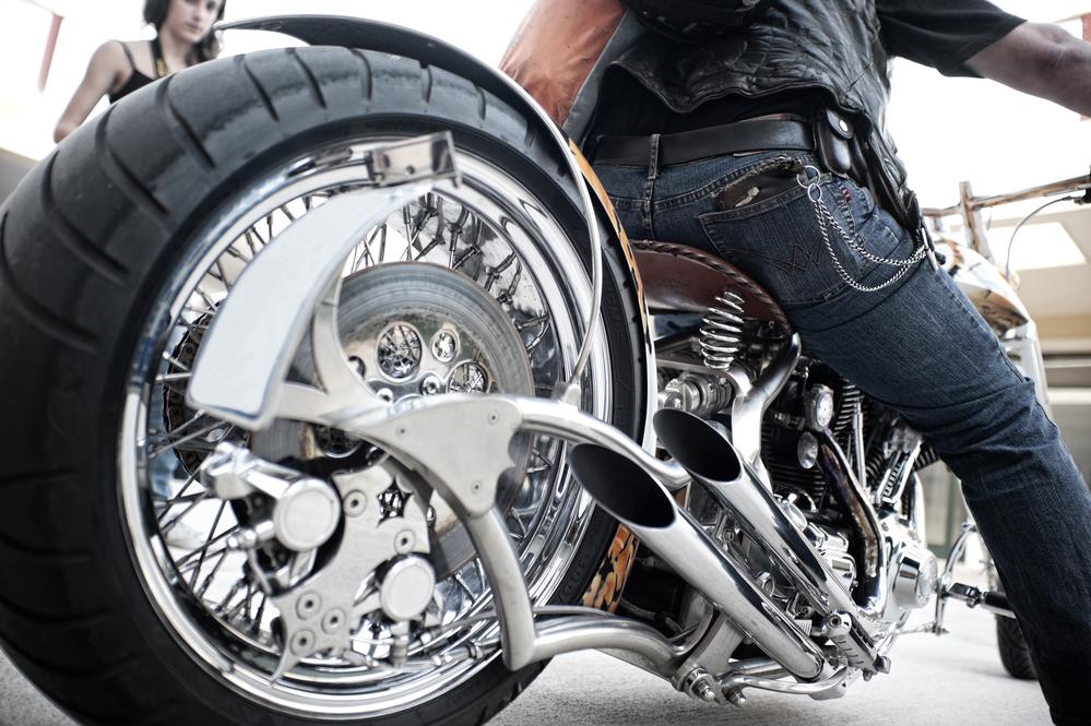 Spray Chrome For Motorcycle Shops - PChrome - Spray Chrome System