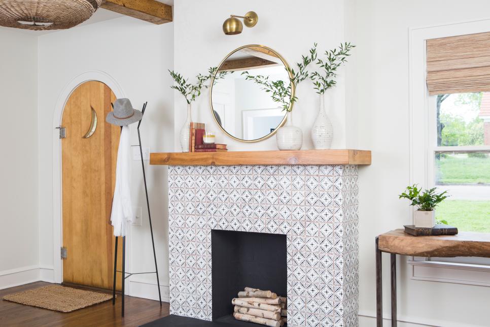 Fixer Upper renovation - natural timber