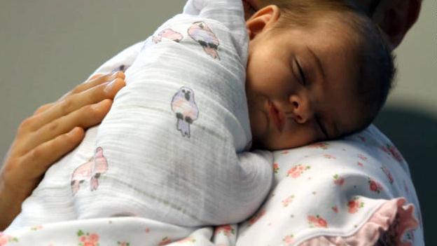 Proponen duplicar en Michoacán los días libres después de que nazca su hijo - PCM Noticias