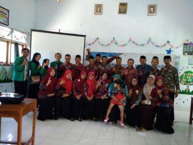 SD Muhammadiyah Bedoyo Pembelajaran bersama Mahasiswa KKN UMJ 2018 01