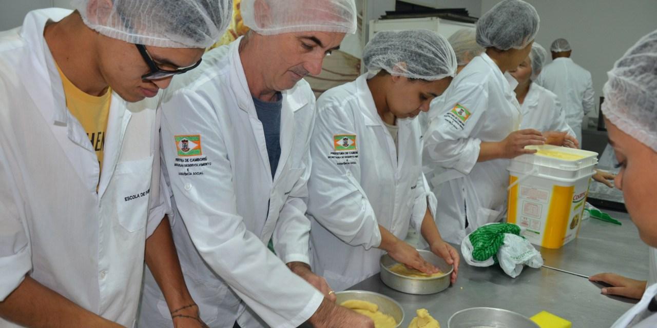 Vigilância Sanitária abre turma noturna para curso de boas práticas em manipulação de alimentos