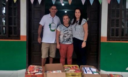 Centro Adão da Rosa recebe doação de 300 kg de alimentos não perecíveis