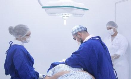 Sala de pequenas cirurgias do Centro Médico de Referência São Judas é reformada
