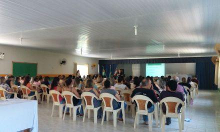 Comunidade apresenta propostas de melhorias durante etapa municipal de Conferência de Educação