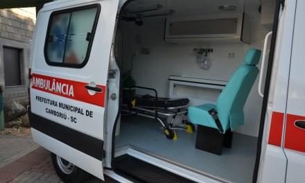 Prefeitura de Camboriú recebe nova ambulância