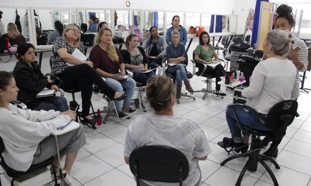 Curso profissionalizante de maquiagem é a novidade do CTC