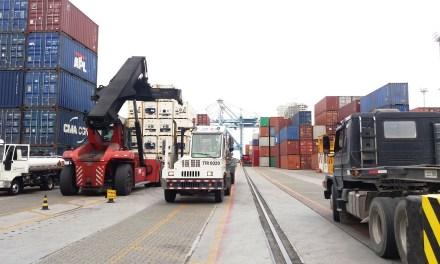 Porto de Itajaí cresce 82% na movimentação de cargas em outubro