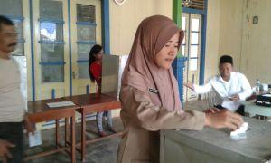 Suasana pemungutan suara di TPS 2 desa Penjalin kec Brangsong.