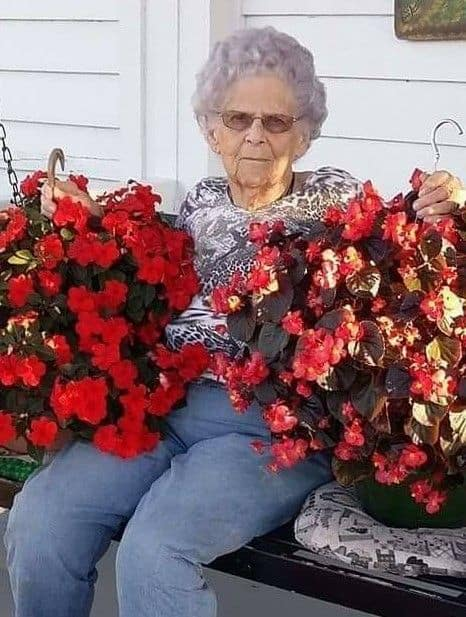 Obituary for Hassie Loraine Holliday Dishon