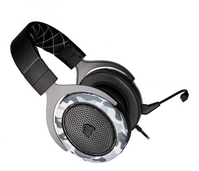 Corsair HS60 Haptic Headset; Boot To The Head! 2