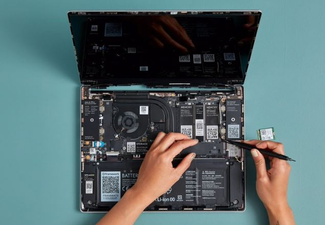 Framework's Modular And Upgradeable Whitebox Laptop 2