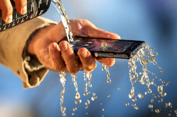 xperia-z-durability-water-resistance