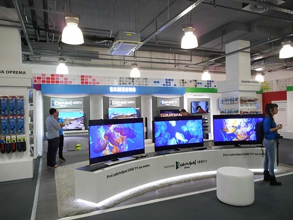 BigBang-TV-Store-1