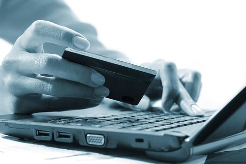 Online Banking shutterstock_61853833