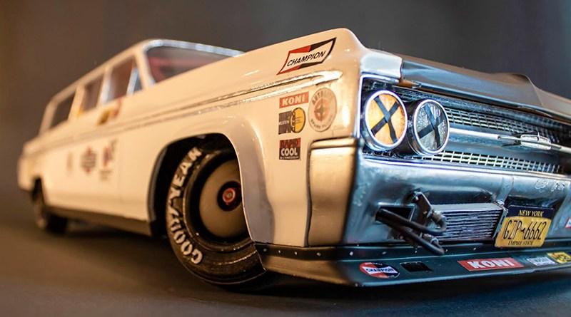 Automobil na daljinsko upravljanje: Igračka koja se kreće kao pravo vozilo