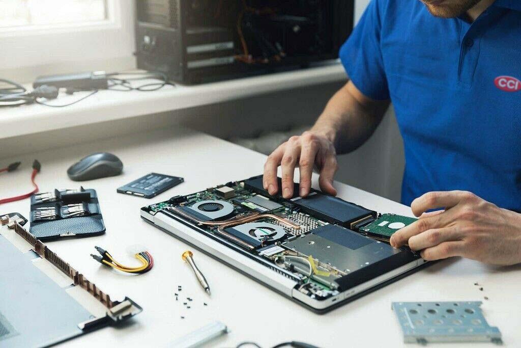 En Reparación de portátiles en Murcia. Pcsatsistemas solucionamos todos los problemas informáticos en su equipo. Llama ya 679731648.