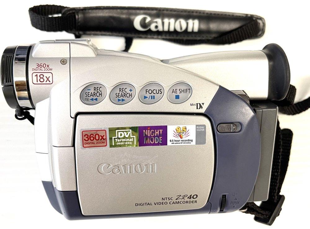 Canon ZR40 MiniDV Digital Camcorder