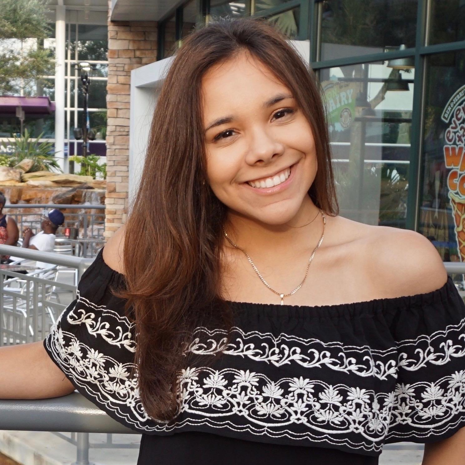 Saira Reyes '21