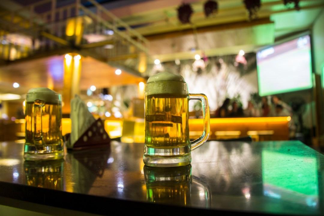 Tempe #6 Sports Bar & Restaurant