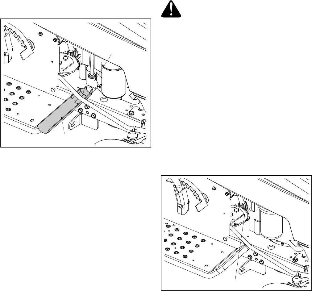 Page 17 of MTD Lawn Mower MODELS 650 652 User Guide