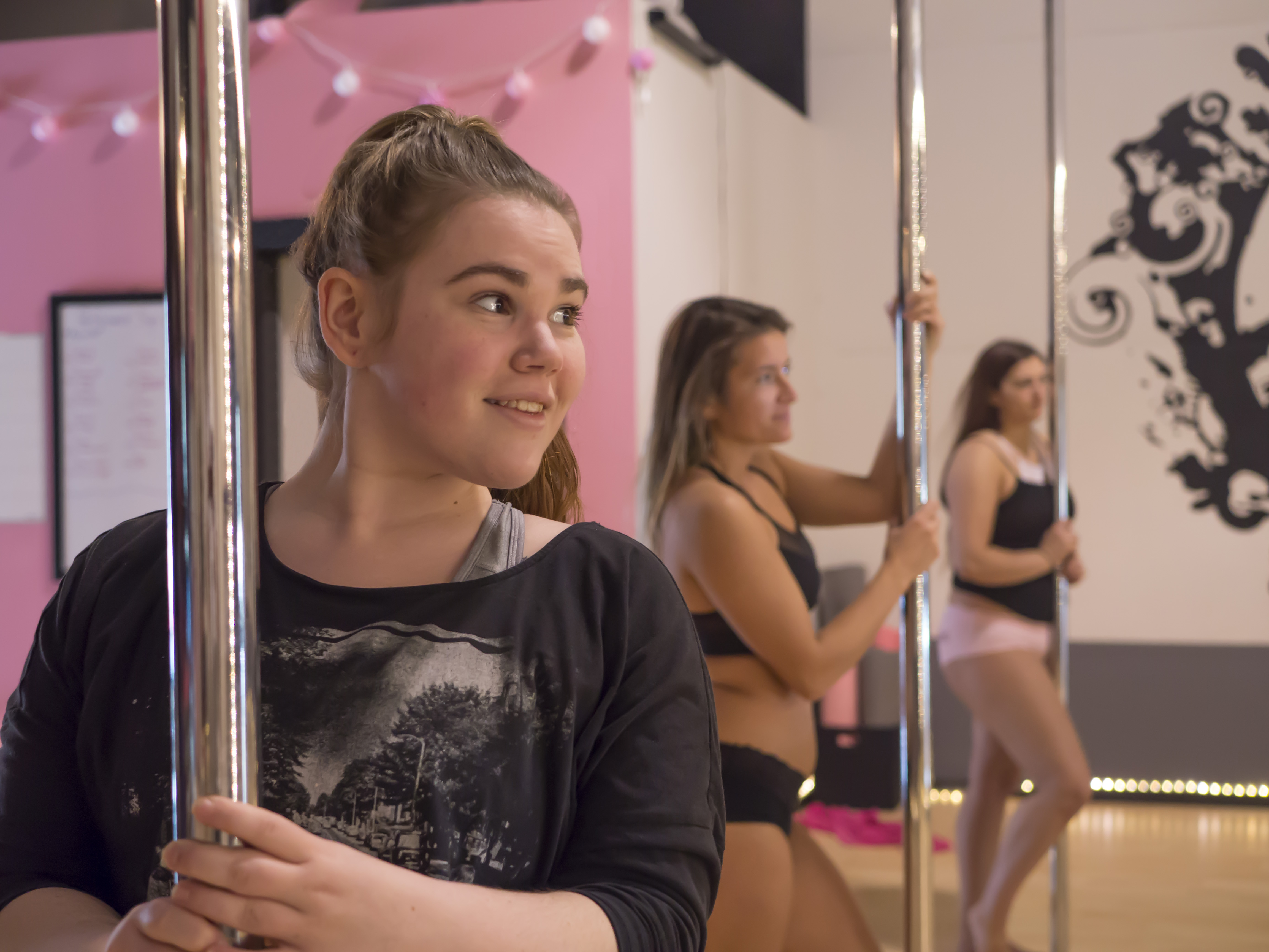 Pole Dance & Fitness Rogue Valley - Intro To Pole