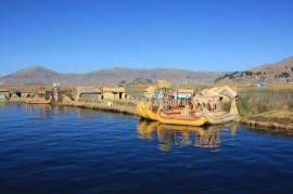 A small port with Uros boats