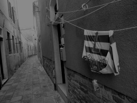 lonely soccer shirt, Venice