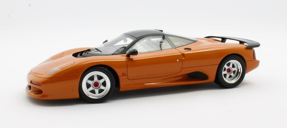 jaguar-xjr-cult-scale-model-cml092-2-prix