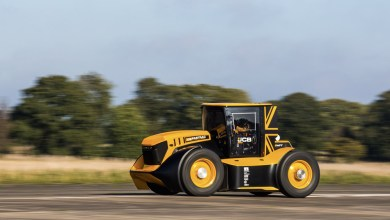 Photo of JCB Fastrac Two : le tracteur le plus rapide du monde !