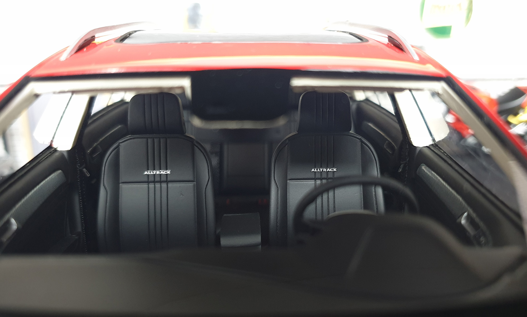 Volkswagen Golf 7 Alltrack DNA Collectibles 1/18 DNA000035 Intérieur