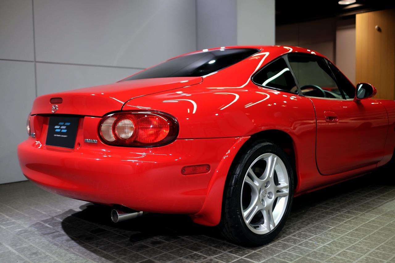 Mazda MX-5 NB coupé partie arrière