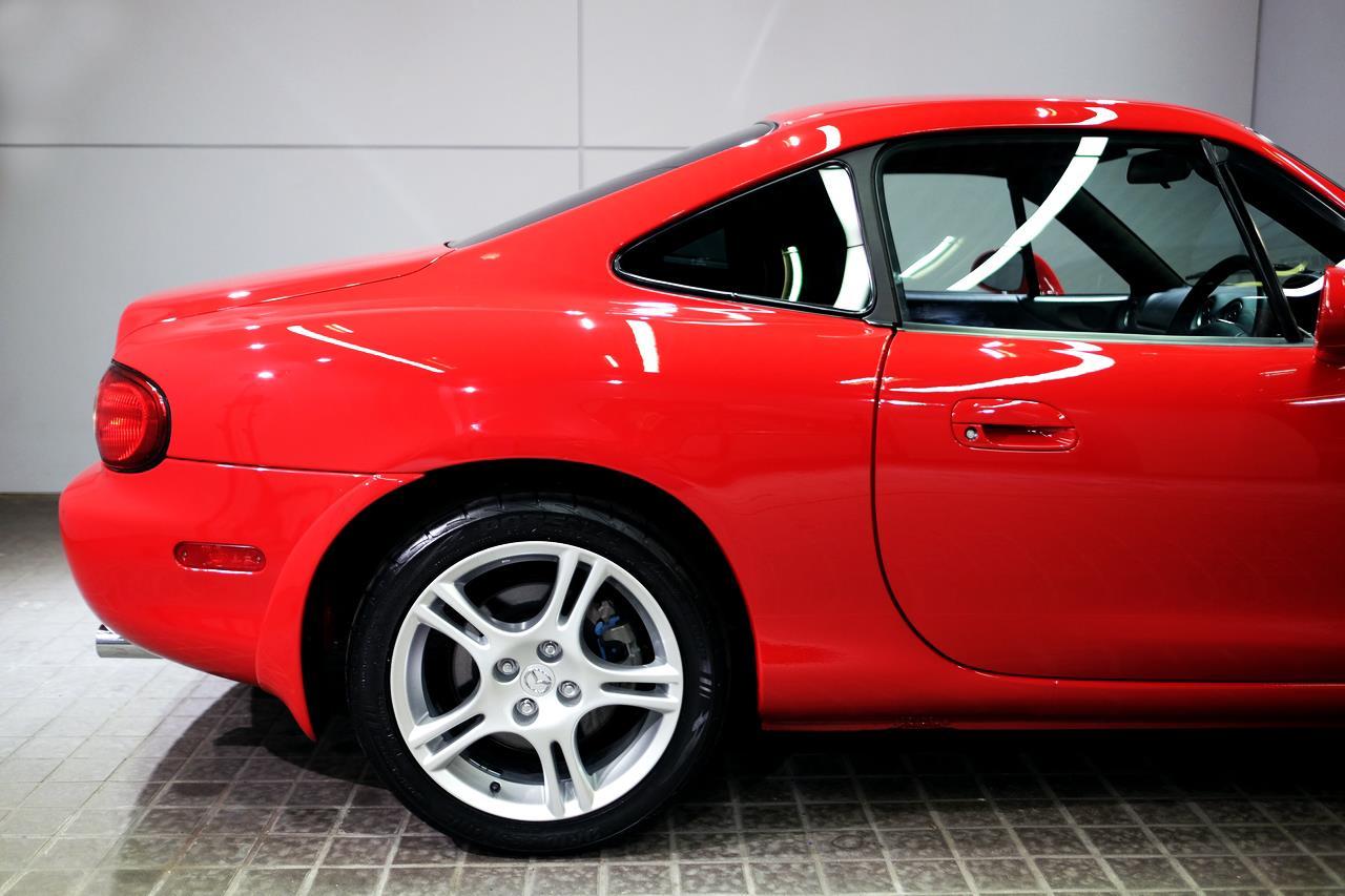 Mazda MX-5 NB coupé toit