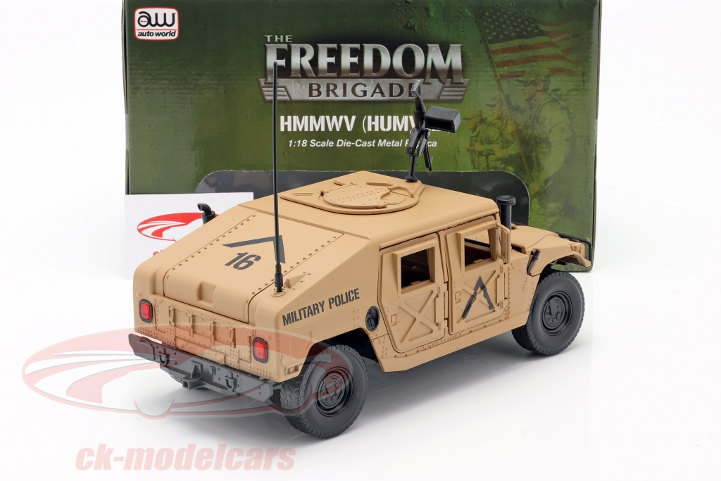 Arrière du Humvee R2 de Autoworld au 1/18