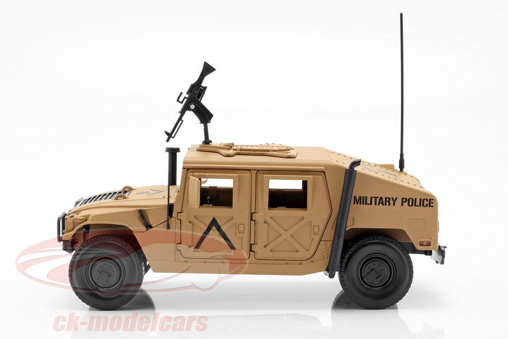 Profil du Humvee R2 de Autoworld au 1/18