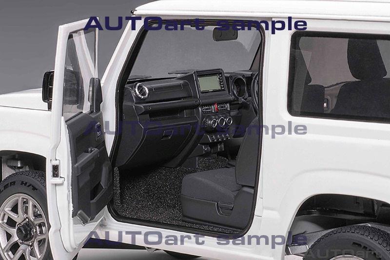 1/18 Suzuki Jimny AUTOart sièges