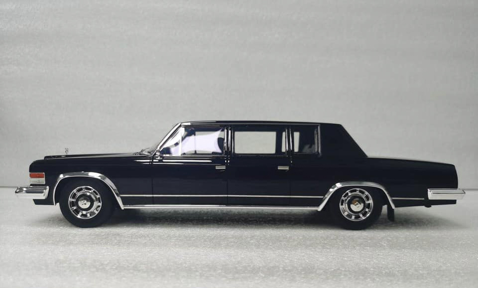 1/18 ZIL 115 Top Marques Collectibles
