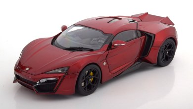 Photo of 1/18 : La Lykan Hypersport Schuco remisée