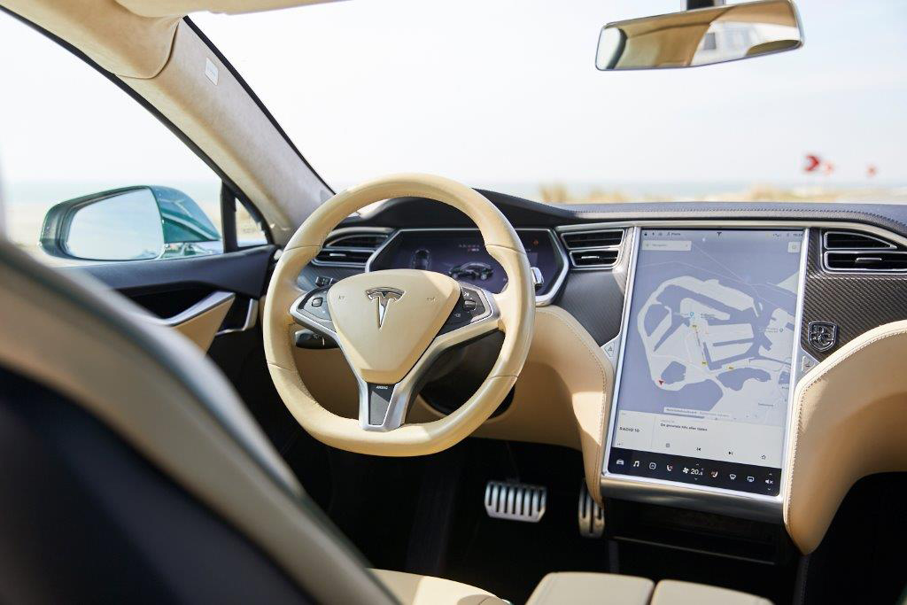 Tesla Model S Shooting Brake intérieur cuir clair