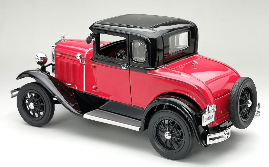 6137 Ford Model A SUNSTAR arrière