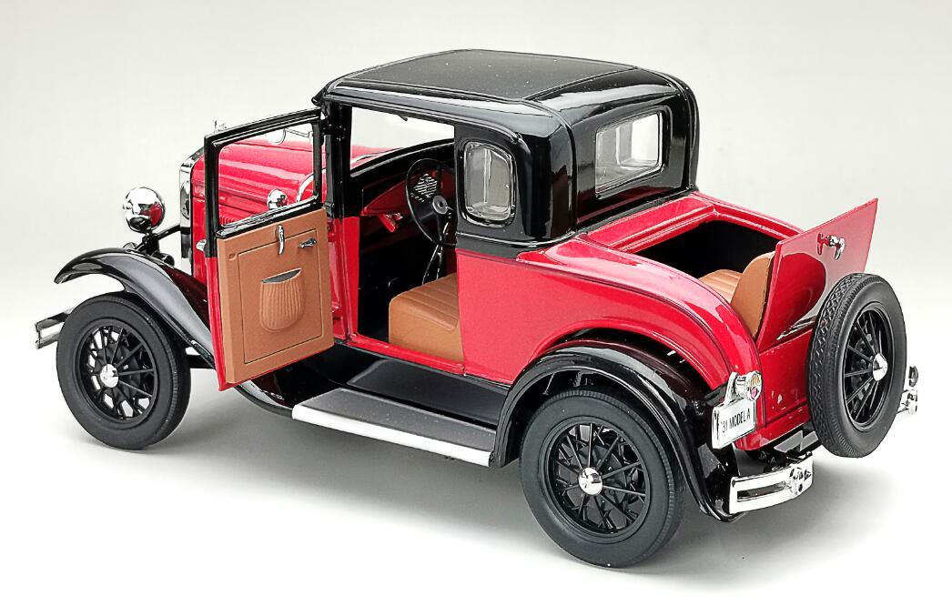6137 Ford Model A SUNSTAR portes