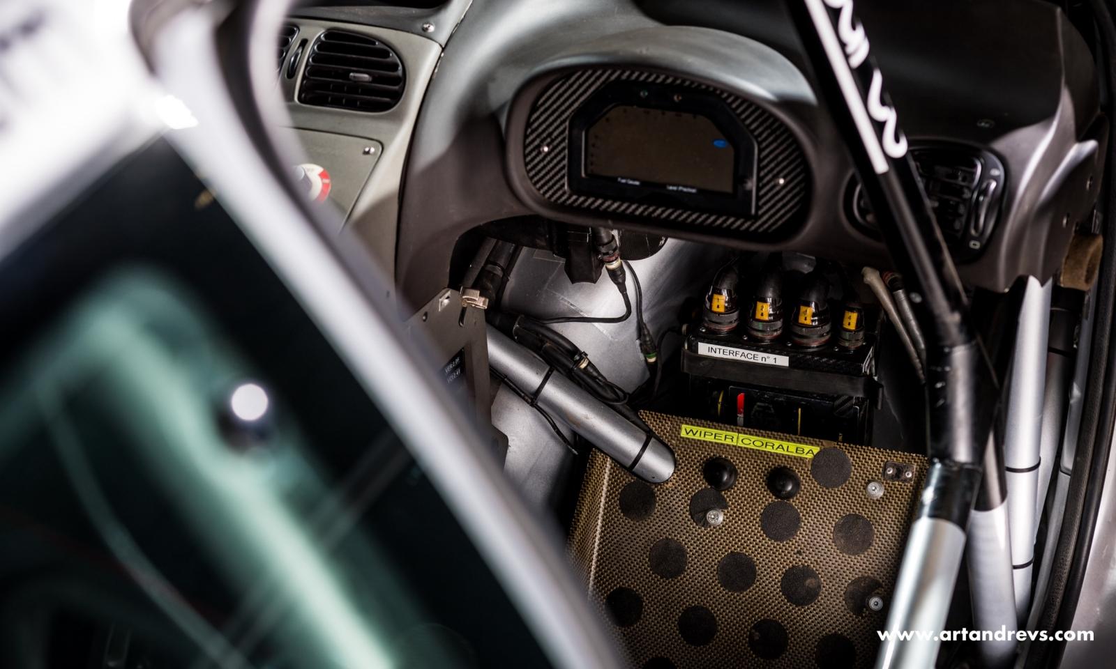 Peugeot 206 WRC poste de conduite
