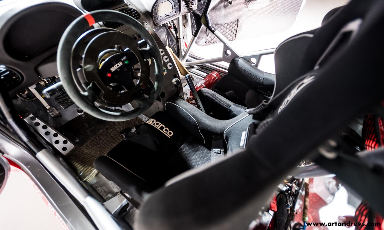 Peugeot 206 WRC habitacle