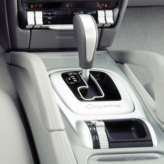 Porsche Cayenne boîte Tiptronic S