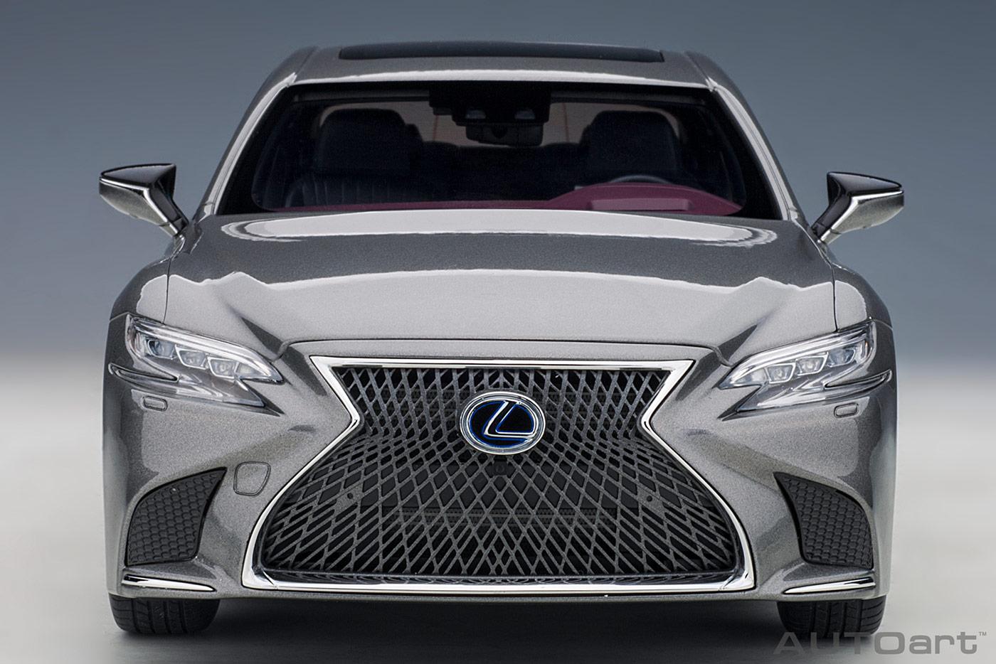 78867 Lexus LS500h AUTOart calandre