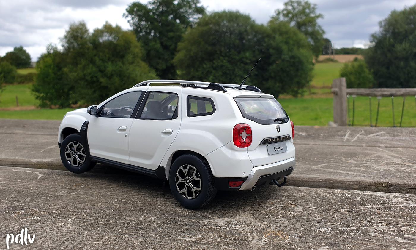 Arrière du Dacia Duster Solido