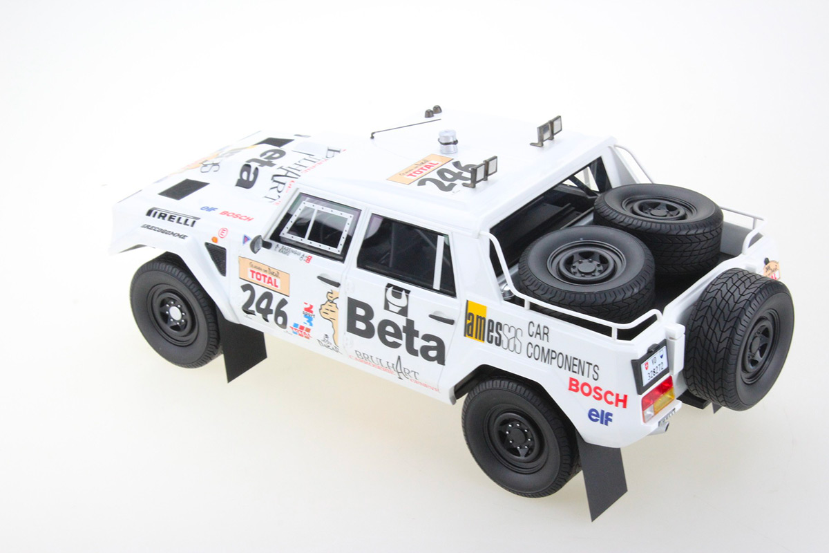 TMPD-08A Lamborghini LM002 Paris Dakar 1988 numéro 246