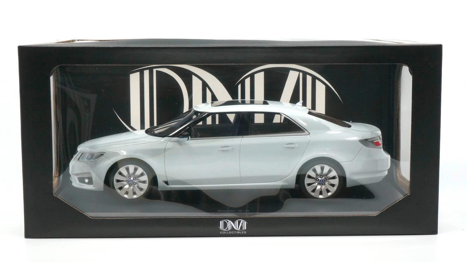 Saab 9-5 DNA Collectibles 1/18 en boîte